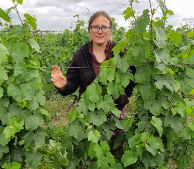 Alexandra - viticultrice en Beaujolais